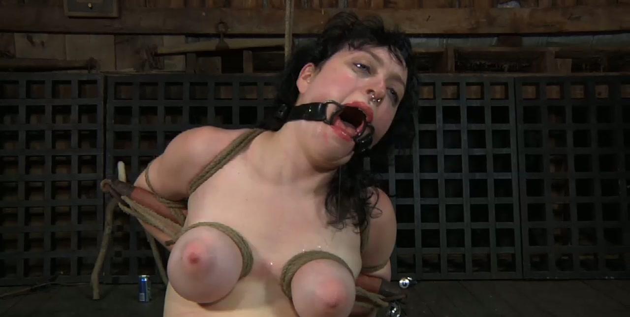 Bosomy messy brunette hoe welcomes heavy dildo pounding in BDSM sex scene