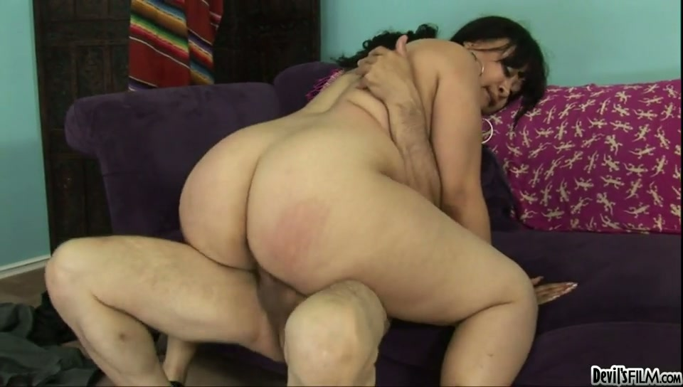 Fat Asian mommy with juicy jugs Twilight performs sloppy deep throat
